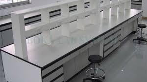 کاربرد میز آزمایشگاهی در آزمایشگاه ها